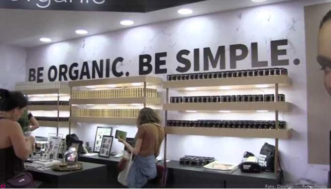 f0989cdb2 Simple Organic aposta no franqueamento -